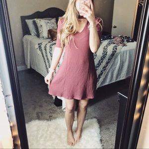 Arizona Jean Company Dresses - Arizona Mauve Choker Neck Ribbed Dress